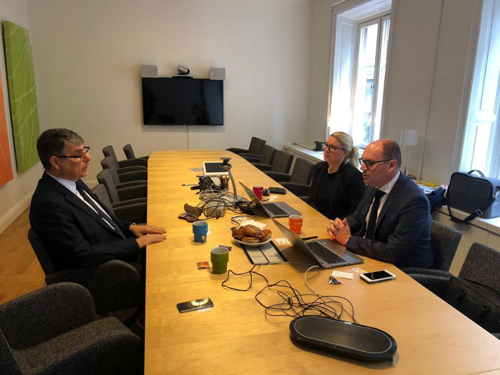 Iraqi Ambassador in Stockholm Meets Assistant Director of the Swedish Civil Aviation Authority BB78A49E-3B9F-4454-A9FF-C678C5AD4C22-1024x768