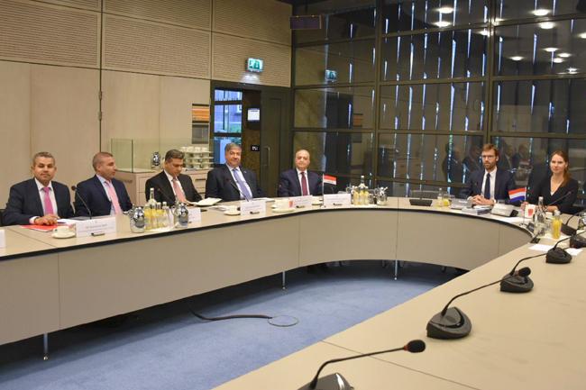 Foreign Minister meets his Dutch counterpart Steve Block DXHZ2338