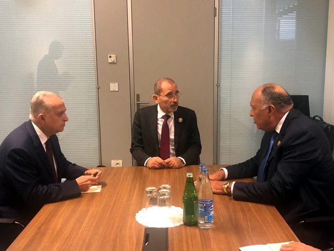 Foreign Ministers of the Hashemite Kingdom of Jordan, Egypt, and Iraq today held a trilateral meeting on the sidelines of the 18th Summit of the Non-Aligned Movement in Baku, Azerbaijan. EHui7BrW4AE2LgP-1