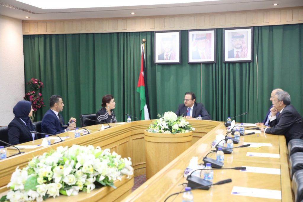 The interim Iraqi charge d'affaires in Islamabad meets the Pakistani Foreign Secretary WhatsApp-Image-2019-10-01-at-4.29.47-PM-1024x682