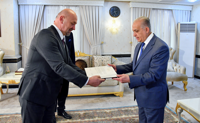 Minister of Foreign Affairs receives a copy of the credentials of Mr. Matuziko as Non-Resident Ambassador of Bosnia and Herzegovina to Baghdad AD644CC2-4BC0-48BB-87D2-F6297E36E215