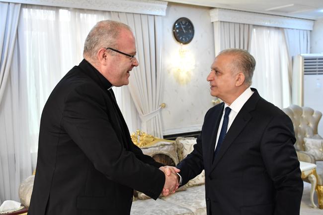 Foreign Minister receives the Vatican Ambassador DSC_3693