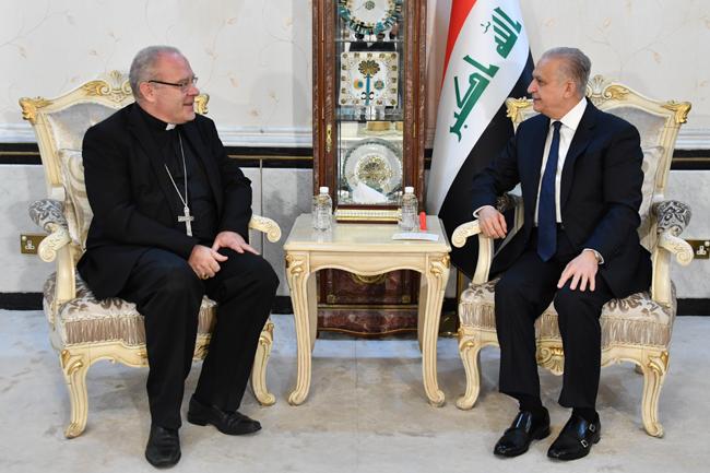 Foreign Minister receives the Vatican Ambassador DSC_3716