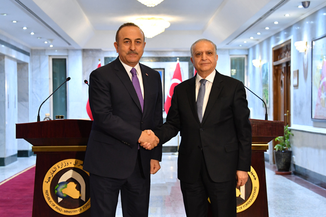 The Speaker of the Chamber of Deputies receives the Turkish Foreign Minister DSC_5728