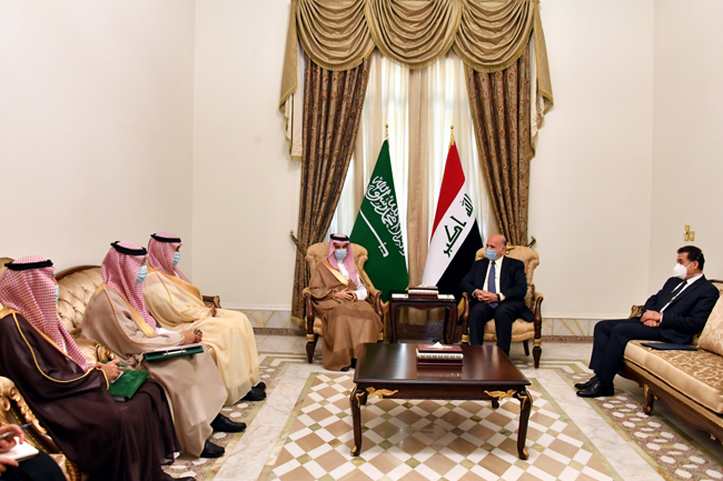 The Minister of Planning chairs the first meeting of the Economic and Investment Committee emanating from the Iraqi-Saudi Coordination Council 3-4