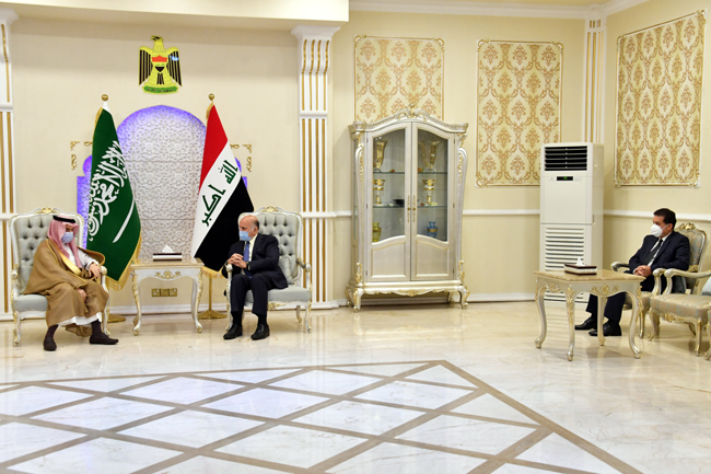 The Minister of Planning chairs the first meeting of the Economic and Investment Committee emanating from the Iraqi-Saudi Coordination Council 7