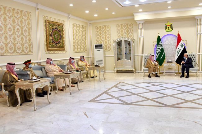 The Minister of Planning chairs the first meeting of the Economic and Investment Committee emanating from the Iraqi-Saudi Coordination Council 8