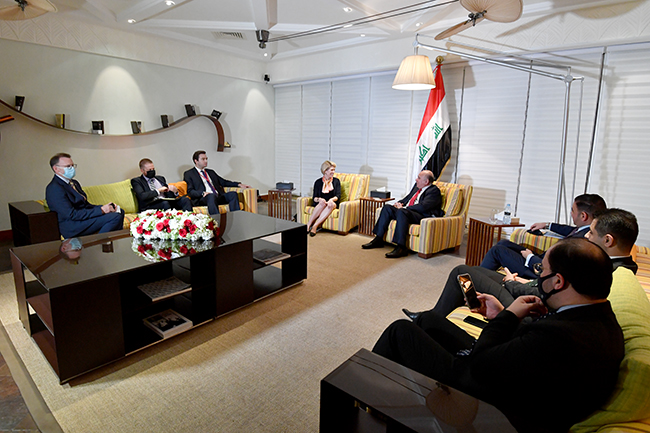 Iraq sends an invitation to the President of the Bank of the United States to visit Baghdad 4-13